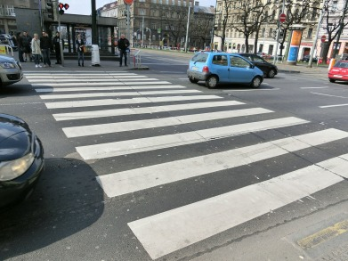 zebra-crossing-377532_1280